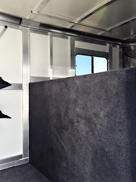 2019 Cimarron Norstar 2 Horse Straight Load Gooseneck w/WERM FLOORING!