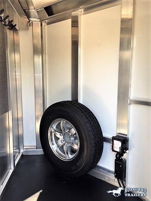 "2020 Cimarron Showstar 20'6 Low Pro Pig/Stock Bumper Pull - 7'6"" Wide w/ADJUSTABLE PENS!"