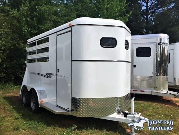 2019 Bee Durango 2 Horse Slant Load Bumper Pull w/Escape Door in Ashburn, VA