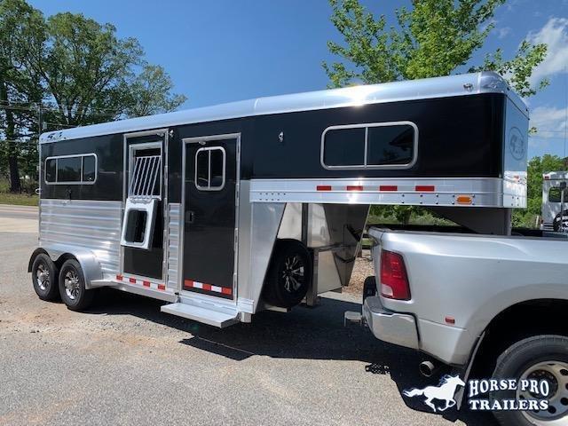 2020 4-Star 2 Horse Straight Load Gooseneck-XL Stalls & WERM FLOORING!
