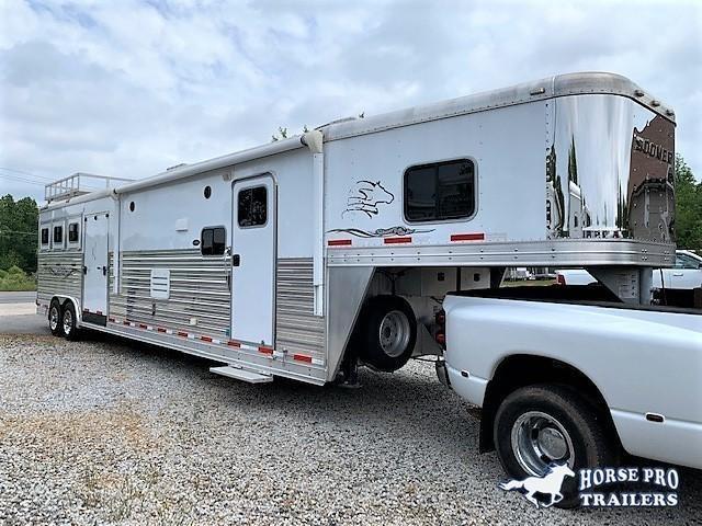 2014 Sooner 3 Horse 18'6 Sierra Living Quarters w/12' SLIDEOUT & SIDE RAMP! in Ashburn, VA