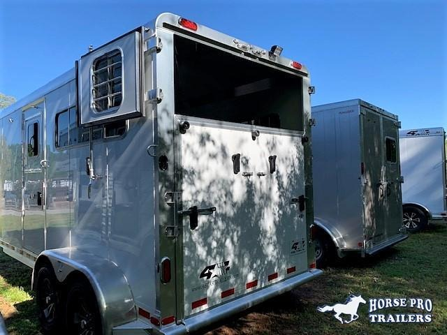 2020 4-Star 2 Horse Straight Load Gooseneck w/ROOF INSULATION & FANS!