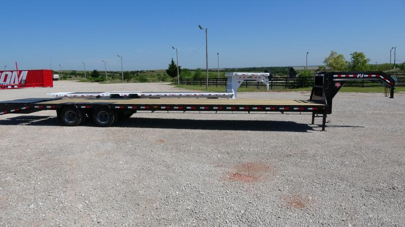 "2020 PJ Trailers 102""x40' Low Pro Flatdeck (LD) Monster Ramps (CL)"