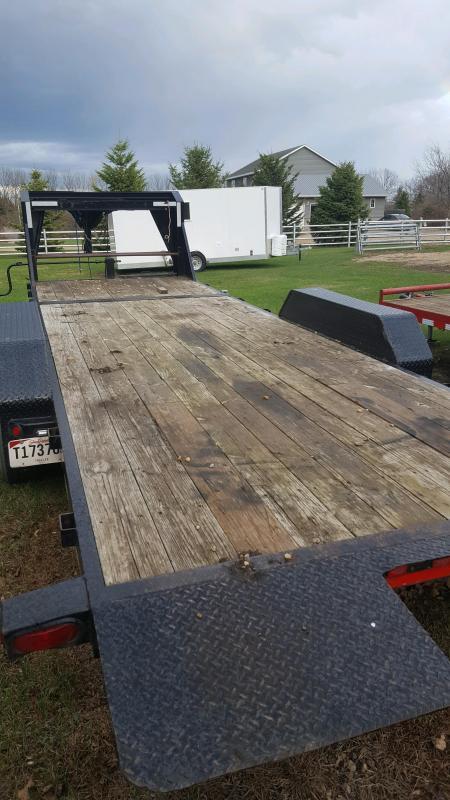 2011 Load Trail Load Trail 83x20 Tilt-n-Go Gooseneck Tandem Axle Flatbed Trailer