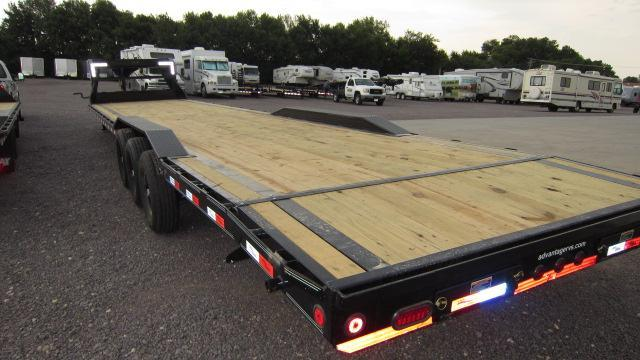 2019 Load Trail 102X40 Triple Axle Gooseneck Flatbed Trailer