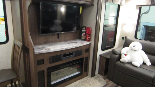 2019 Sandpiper 345RLOK Fifth Wheel