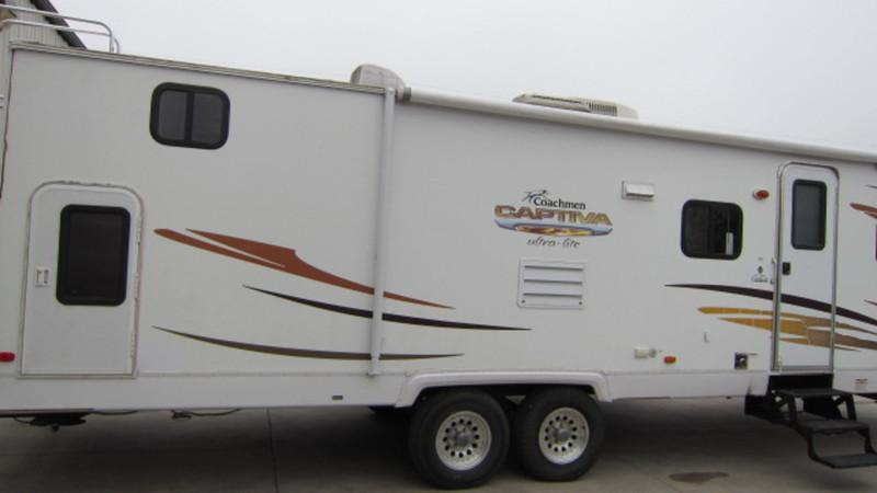 2009 Coachmen Captiva 291QBS Travel Trailer