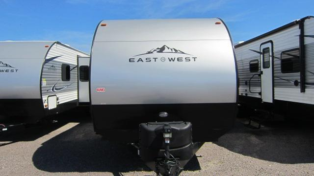2019 East To West 28KBS Travel Trailer