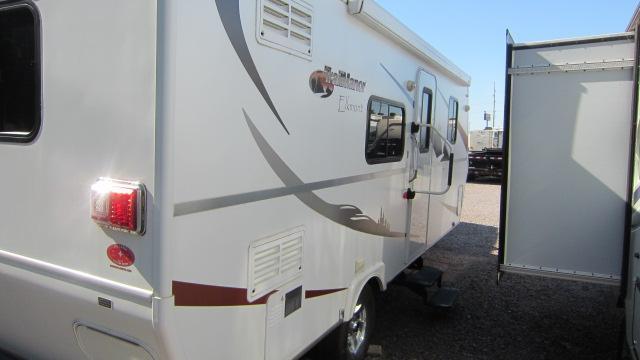 2010 TrailManor Elkmont M-24 Travel Trailer RV