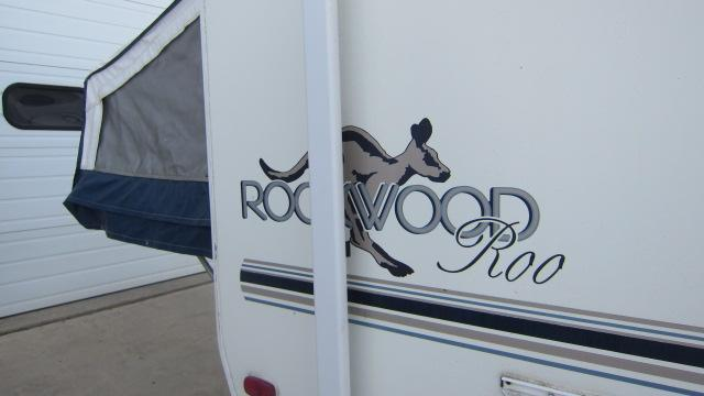 2001 Forest River Rockwood Roo 21 Expandable  Travel Trailer