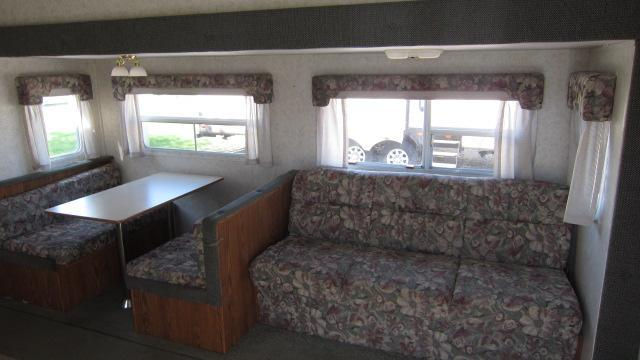 2003 Wildwood 25RKSS Fifth Wheel