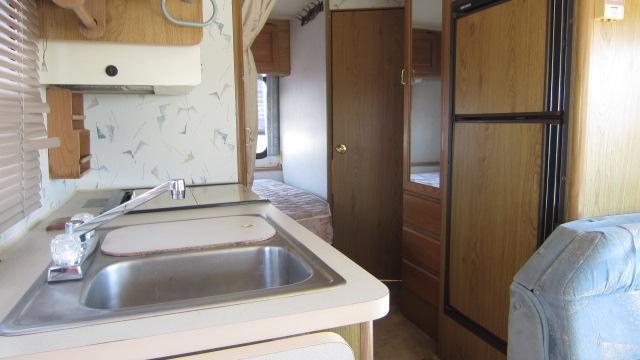 1990 Winnebago WCN 25RC Class A RV