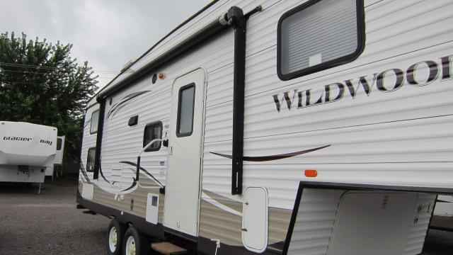 2014 Wildwood 26DDSS Fifth Wheel Campers RV