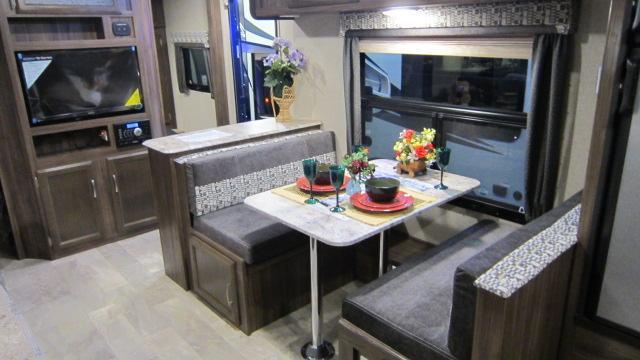 2018 Coachmen Apex Ultra Lite 288BHS Travel Trailer