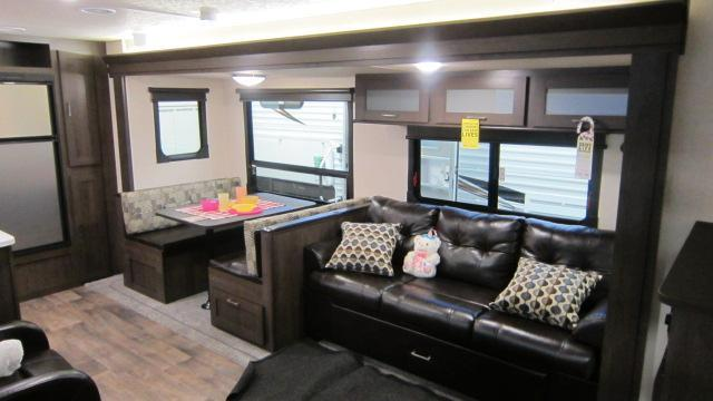 2018 Wildwood 27RKSS Travel Trailer