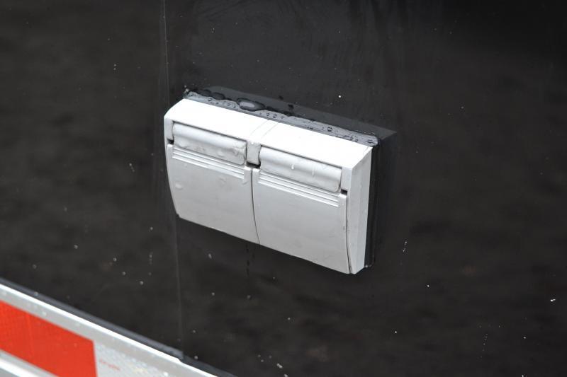 8.5x28 ATC Trailer   Enclosed Racing Trailer