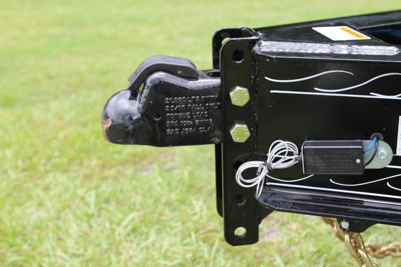 8x24 PJ Trailers   Deckover Equipment Trailer