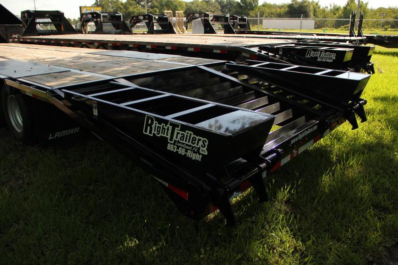 8.5x32 Lamar Trailers   Equipment Trailer Gooseneck