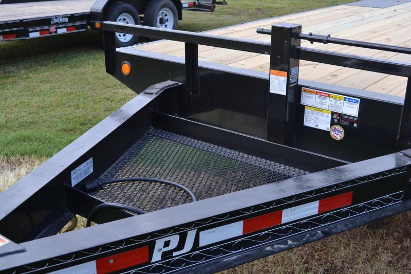 8.5x22 PJ Trailers   Equipment Trailer