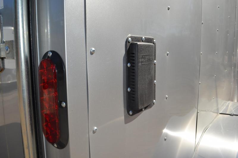 7x12 Haulmark   Enclosed Trailer [Silver]