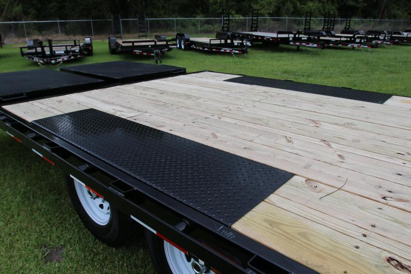 8x28 PJ Trailers | Deckover Equipment Trailer