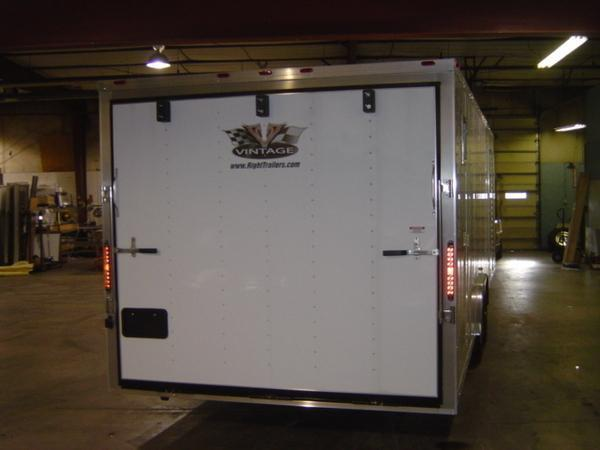 8.5x28 Vintage Outlaw with Propack | Race Car Trailer