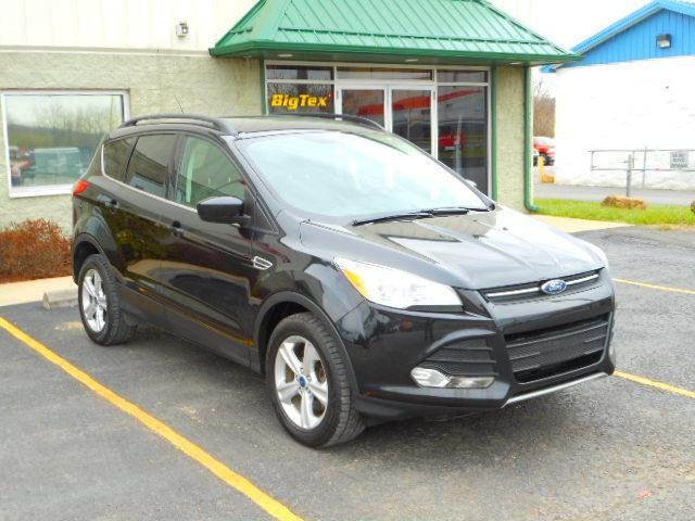 2014 Ford Escape SE 4-Wheel Drive Ecoboost with 90k miles