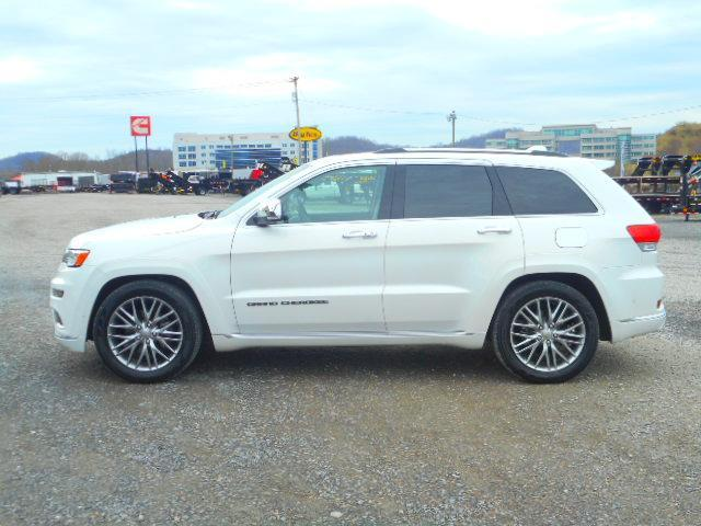 2017 Jeep Grand Cherokee Summit 4X4 SUV only 19257 Miles