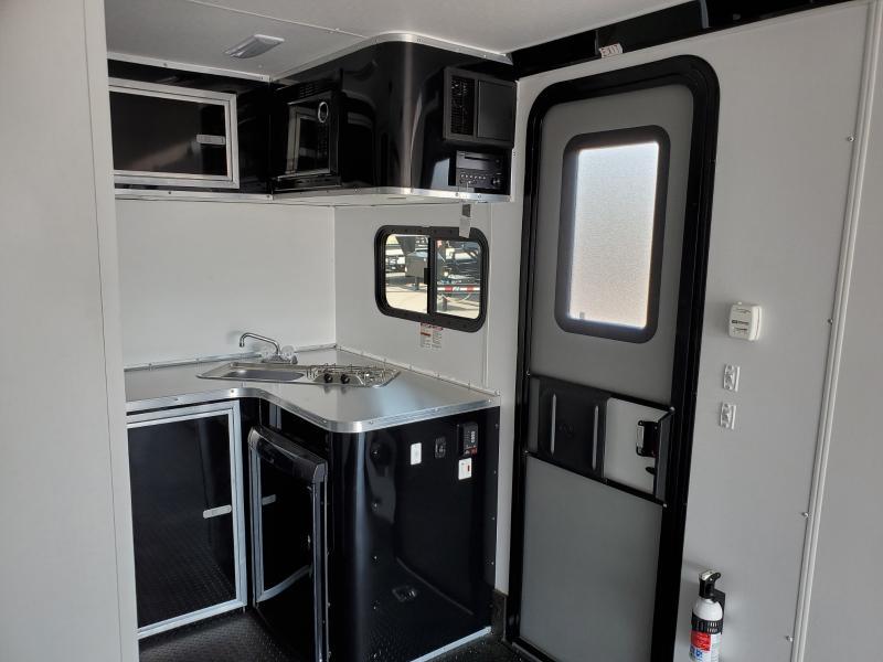 2020 Nomad 8.5x26 Fk Toy Hauler 12k - Platinum