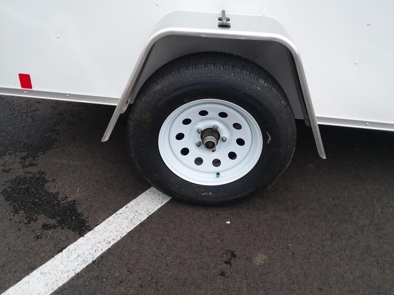 2018 Interstate 5'x8' White 3k