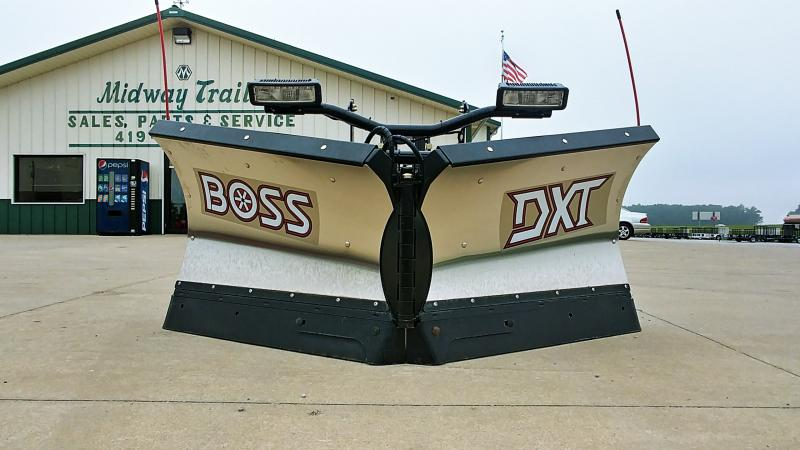 """2018 Boss 8'2"""" Dxt Plow Stainless"""