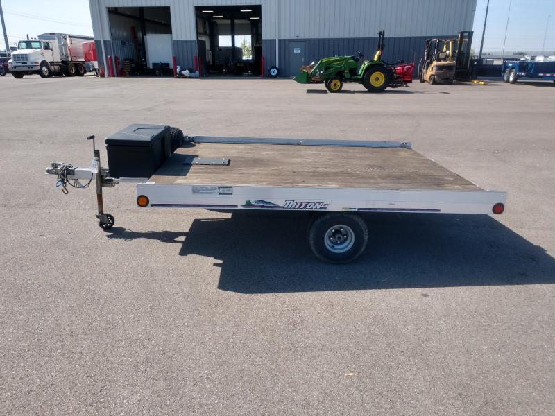2010 Triton 7.5'x10' Deckover 2k
