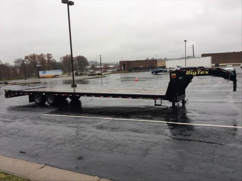 2018 Big Tex Trailers 22GN-355 Equipment Trailer Car Hauler