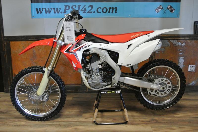 2014 Honda CRF 250 R 4 stroke Motocross Dirt-bike #2358