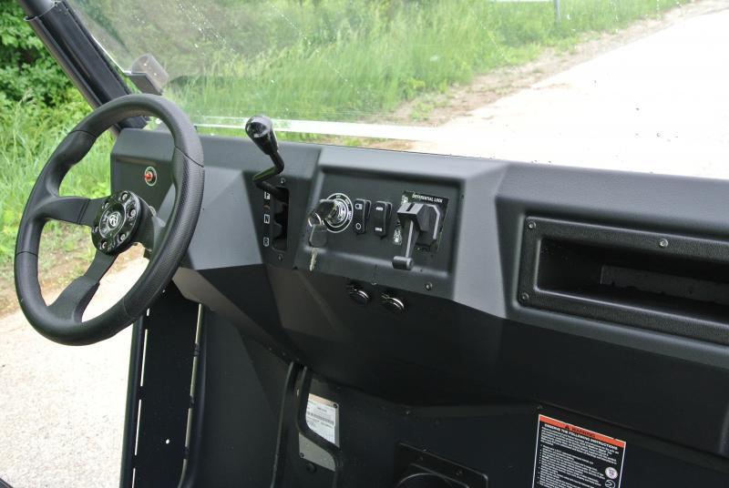 2018 American Land Master LS677 EFI EPS Gloss Black Utility Side-by-Side (UTV)