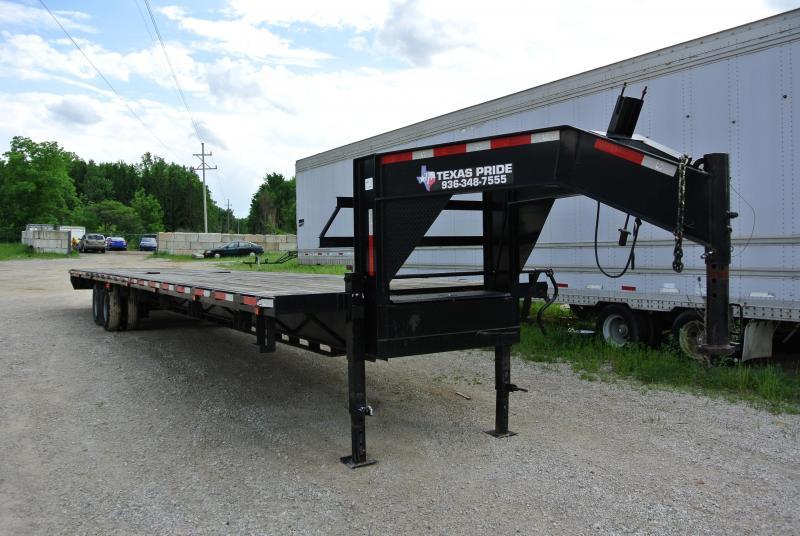 2013 40' TEXAS PRIDE Equipment TRAILER Deck Over 26000# GVWR Gooseneck Utility Equipment Trailer #4631