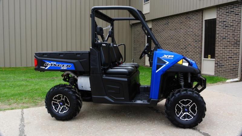 2018 POLARIS RANGER XP 900 EPS Metalic Blue Utility Side-by-Side #4077