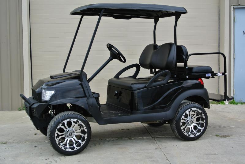 2011 Club Car gas w/ HAVOC body and thousands in extras #1678