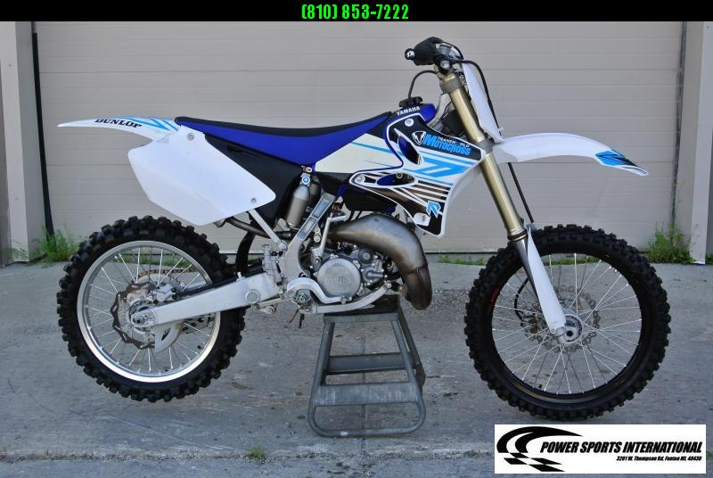 2014 YAMAHA YZ125E2 TEAM YAMAHA 2-Stroke (BLUE/WHITE) #3180