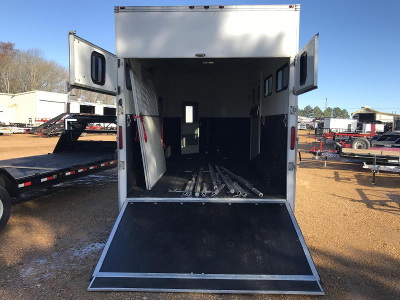 Used 2008 Class Act 8.5 x 18 Tandem Axle Enclosed Horse Car Trailer ...