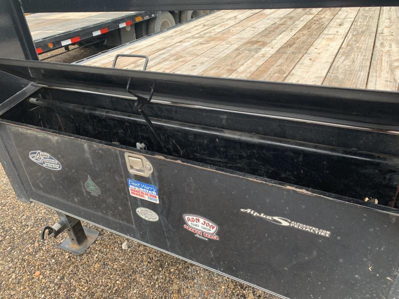 Used 2016 Load Trail 102 x 32 Gooseneck Flatbed 14K GVWR