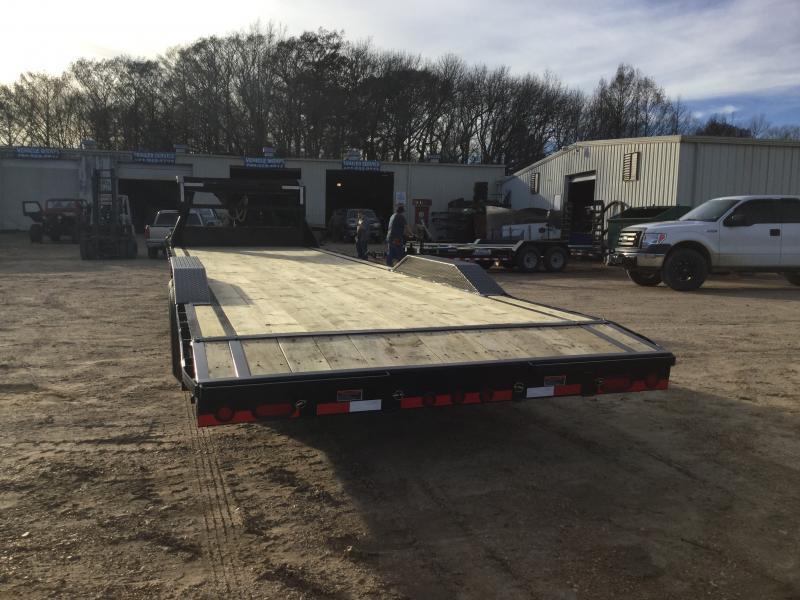 "2019 Load Trail 102"" x 32' GN Car/Equip. Hauler 14k GVWR"