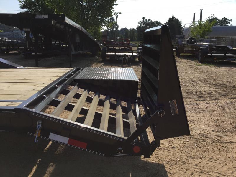 2018 Load Trail 102 x 32 Gooseneck Car Hauler 14K GVWR