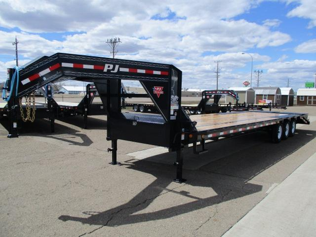 2020 PJ Trailers 32' Low-Pro Flatdeck with Singles Trailer
