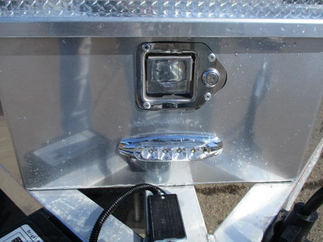 2020 Aluma 8220HTILTANV Utility Trailer