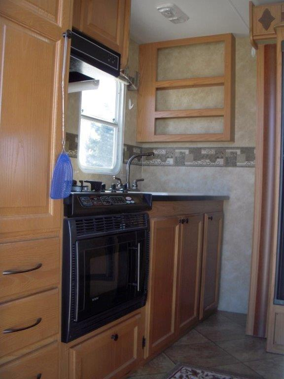 2010 HRTL NT TRAVEL Camping / RV Trailer