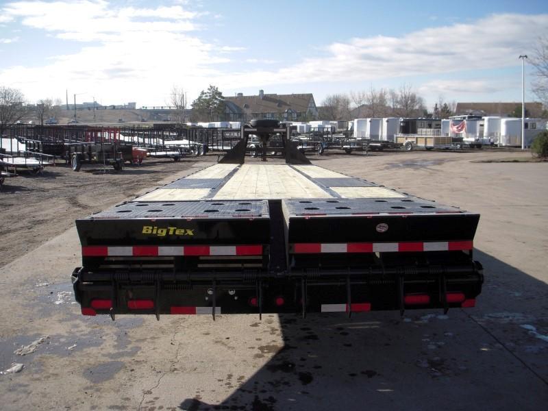 2019 Big Tex Trailers 22GN-35BK+5MR Flatbed Trailer