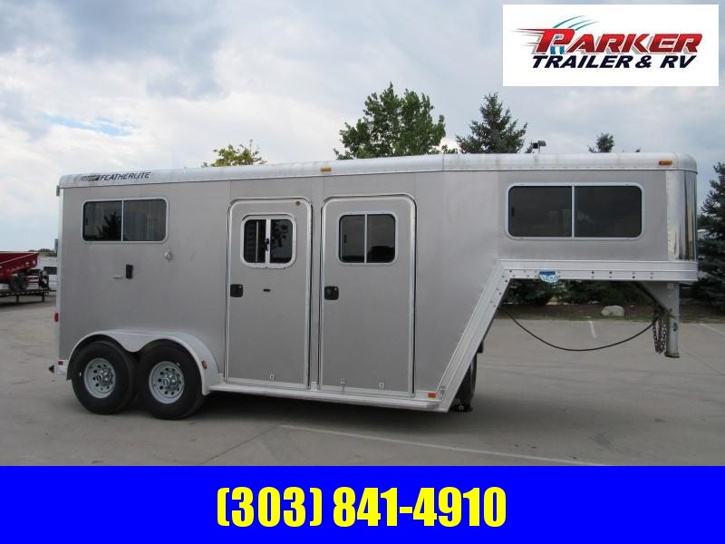 2007 Featherlite 2HGNWARMBLOOD Horse Trailer