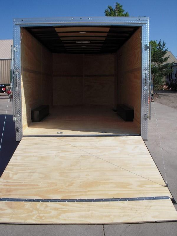 2019 CONTINENTAL CARGO VHW8.518TA3 Enclosed Cargo Trailer