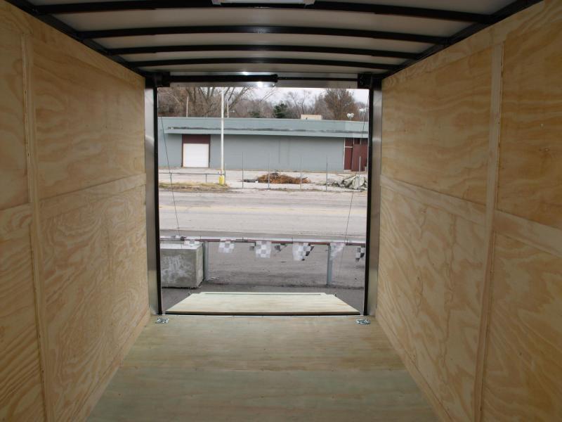 Enclosed Trailer 7 X 16 Ramp 7' Interior Height 7000 GVW